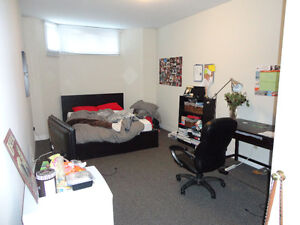 1 BEDROOM - LEASE TAKEOVER NEAR WESTERN UNIVERSITY