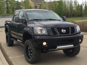 2014 Nissan Titan PRO-4X Truck, CellPhone Start, Ext Warranty,