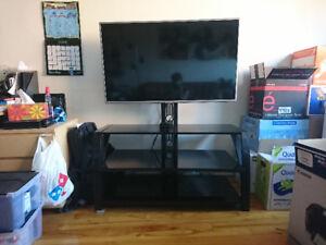 Meuble Télé en acier et verre teinté noir