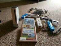 Mint Condition Wii & 2 Games For Sale Or Trade