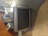 free 32 inc tv like new w can't nyrol remote