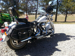 06 haritage softail classic Cambridge Kitchener Area image 2