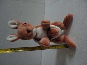 TY POUCH The KANGAROO MOTHER AND JOEY RETIRED BEANIE BABY, TUSH London Ontario image 10