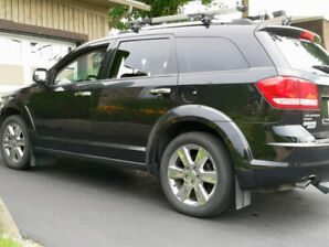 Dodge Journey RT 2011 AWD Mags 19po. Cuir, 7 passagers.