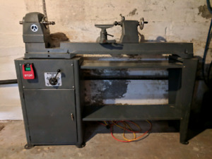 Rockwell 46-525 variable speed lathe.