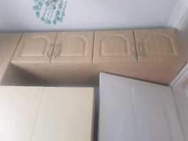 Wardrobe/cabinets in very good condition