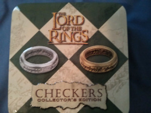 Lord of The Rings Checkers - Collector's Edition
