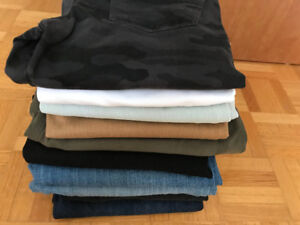 Variety of LUCKY BRAND JEANS.