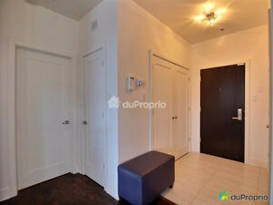 Condo 4 1/2 966 pi.c 2 Bedrooms 1 Bathroom Shower Indép 36''x48'