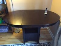 Kitchen table, solid wood $85 NEGO