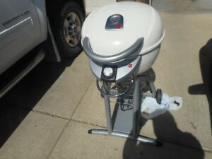 barbecue electric . like  new.