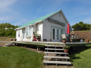UNRESERVED AUCTION - CABIN TO BE MOVED - JACKFISH LAKE, SK