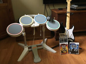 wii drum and guitar set plus mike stand ans 3 games