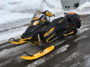 2013 Ski-Doo Renagade 800 E-Tec