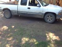 2000 Chevy Silverado 4x4 will trade for manual truck must be 4x4
