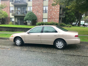 1998 Gold Camry