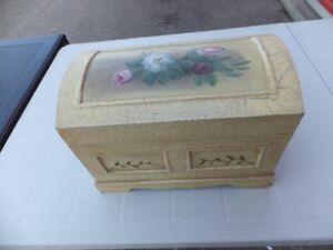 "FOR SALE Trunk with hand painted beige and decorated (8""x14""x8"")"
