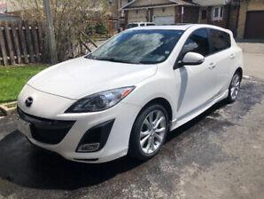 Fully Loaded 2010 Mazda 3 Sport Hatchback 2.5 litre