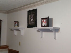 Solid wood shelves(30 for both)