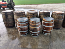 Small Oak barrels