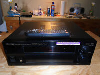 For sale 600 watt Pioneer VSX-D810S receiver with remote.