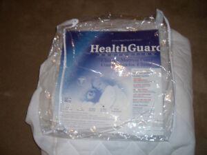 Queen Size Hypoallergenic Mattress Protector - 100% Water Proof