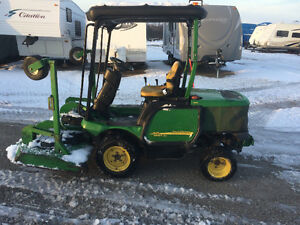 John Deere 1445 comercial front mount mower 4wd low hours
