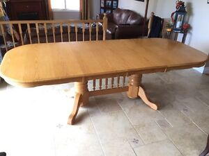 Solid Oak kitchen table with 6 chairs