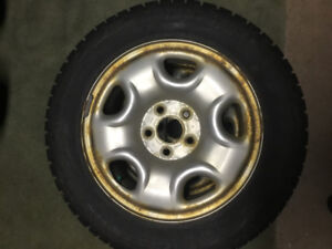 Bridgestone Blizzak winter tires on rims - 225/55R 16 with TPMS