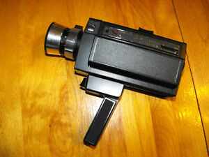 Bell & Howell Autoload Model 492 Focus-Matic