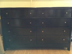 Dresser chest of drawers with mirror.