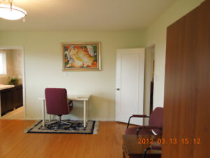 Private room - Share house located in Metrotown.