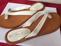 Size 6 white real leather flip flop sandal