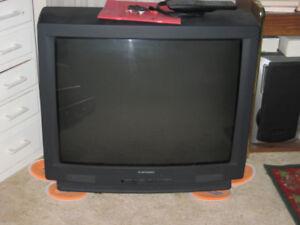 """Mitsubishi 32"""" TV"""