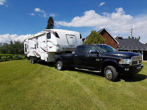 2011 Ram 3500 with 2011 Fuzion Toy Hualer
