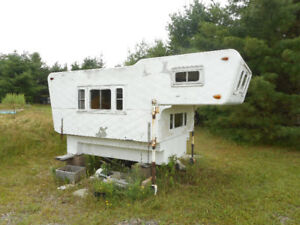 Truck Camper for 1/2 truck for sale