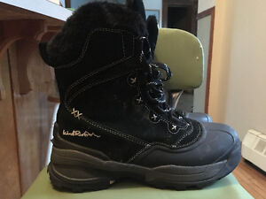 Womens Winter Boots size 10