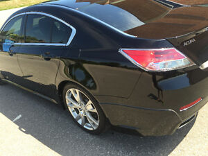 2012 Acura TL Fully loaded shawd Sedan reduced price