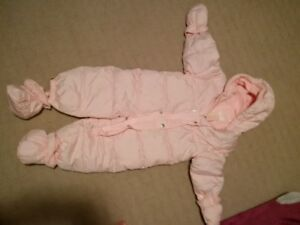 BABY WINTER JUMP SUIT 12 - 18 MONTHS $$5