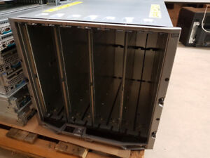 DELL M1000e  Blade Enclosure