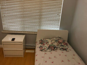 South Burnaby- Metrotown Furnish room for rent