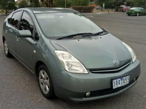 Toyota Prius Hatchback Hybrid Petrol & Electric Motors Economical