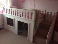 Playhouse cabin bed