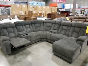 Reclining sectional with chaise