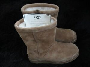 Ladies Ugg Boots size 6: REDUCED