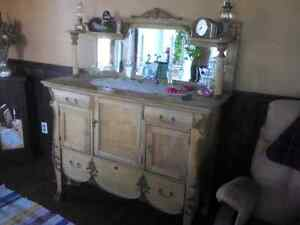 Plusieurs meubles