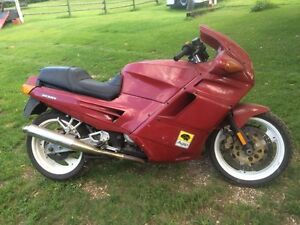 1992 Ducati Desmo 900IE Parting Out