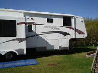 35ft beautiful 5th wheel for sale in excellent condition