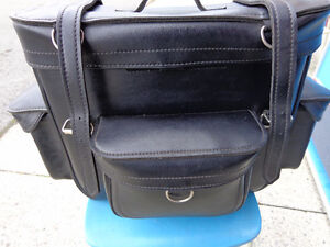 Large travel bag            recycledgear.ca