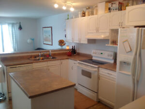 Townhouse for Rent available Sept 1st Cobblestone